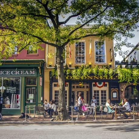 Ladengeschäfte in der King Street in Alexandria, Virginia