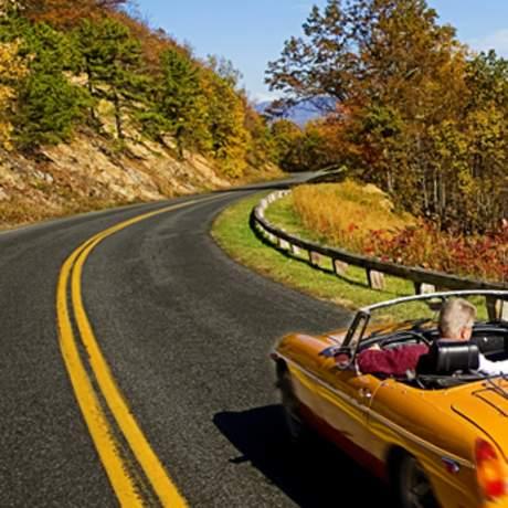 Unterwegs auf der Blue Ridge Parkway Panoramastraße in Virginia