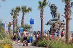 Neptunstatue an der Strandpromenade von Virginia Beach