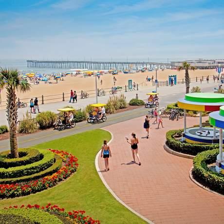 Auf dem Boardwalk von Virginia Beach