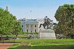 Reiterdenkmal vor dem Weißen Haus