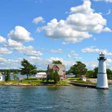 Leuchtturm auf einer kleinen Insel im New York State