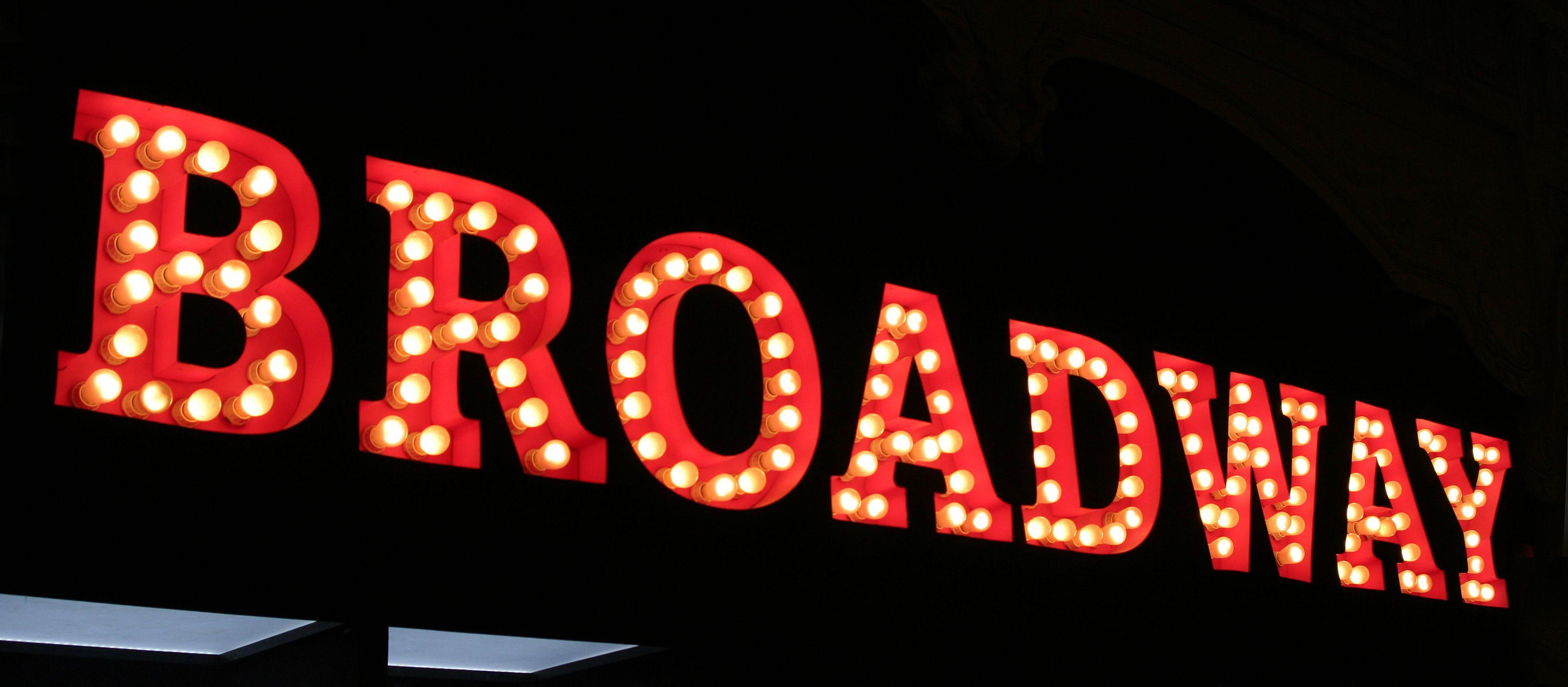 Broadway-Schriftzug