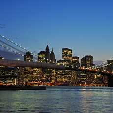Brooklyn Birdge bei Nacht