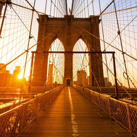 Brooklyn Bridge bei Sonnenuntergang