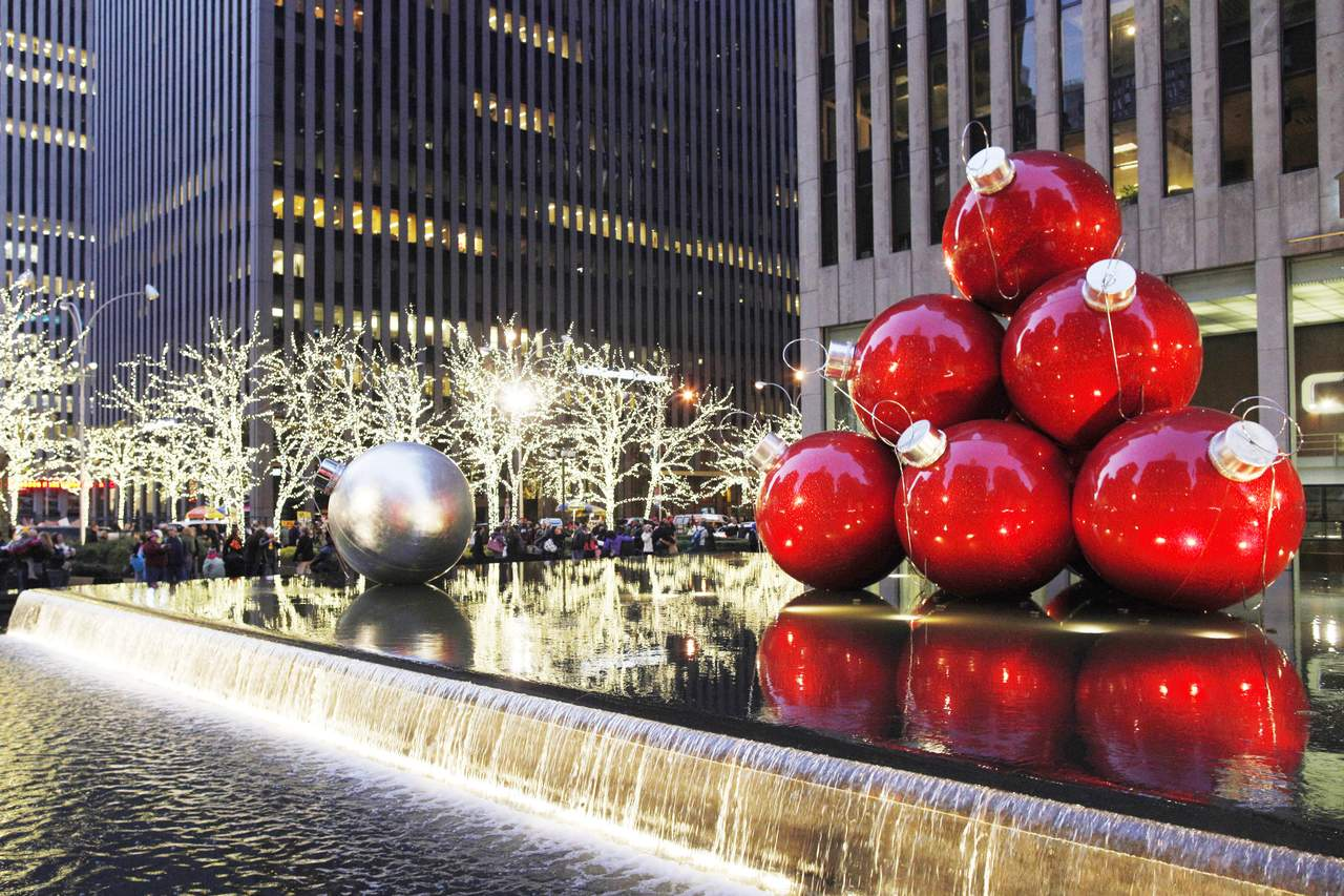 Preistipp usa christmas shopping in new york canusa - Moma weihnachtskugeln ...
