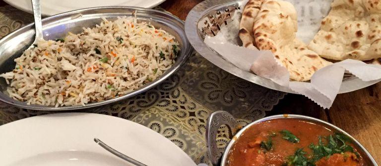 Leckere Speisen im Mughlai Restaurant