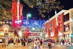 Denver Pavilions bei Nacht erleben