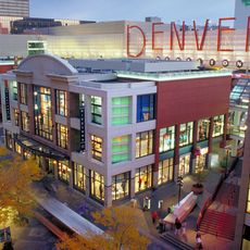 Denver Pavillons