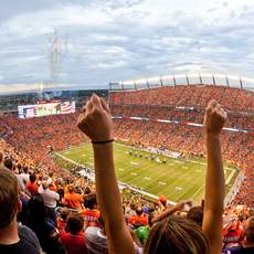 Das Sports Authority Field in Denver
