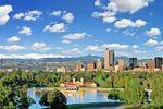 Sommerliche Skyline von Denver