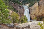 Ein beeindruckender Wasserfall in dem Yellowstone National Park