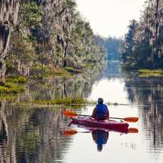 Kajaker im Okefenokee Swamp in Georgia