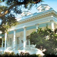 Magnolia Mansion im Sommer