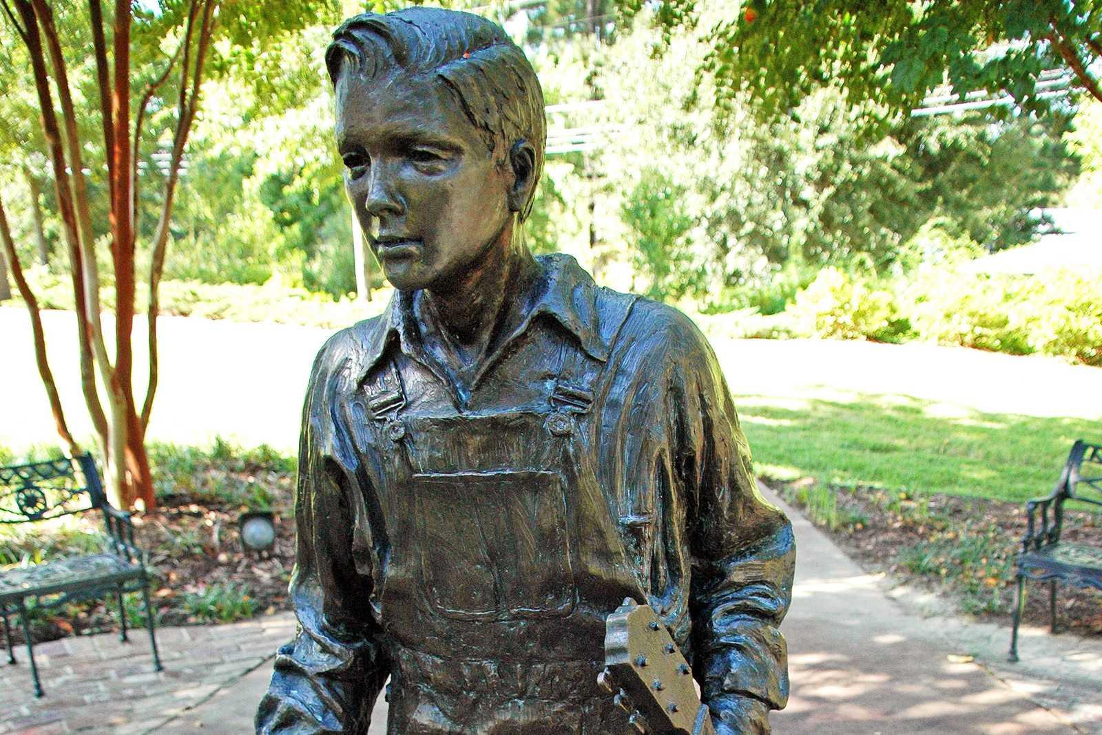 Elvis-Statue in Tupelo