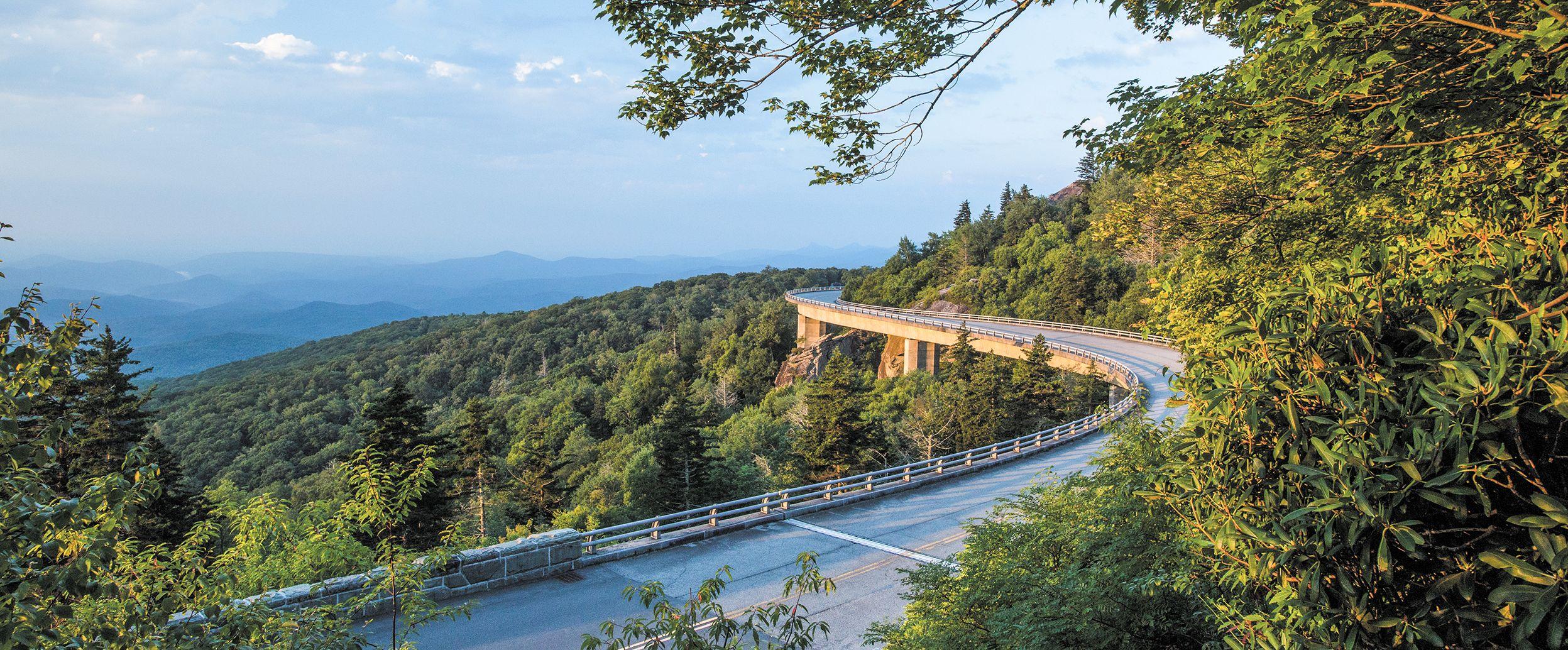 Die Linn Cove Viaduct Brücke in North Carolina