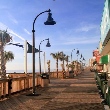 An der Strandpromenade von Myrtle Beach in South Carolina