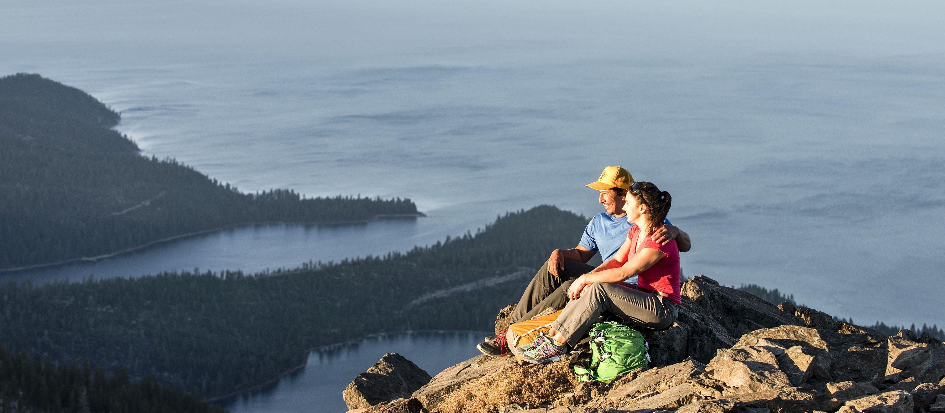 Aussicht vom Mount Tallac auf den Lake Tahoe