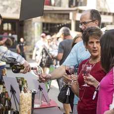 Weinfest auf dem Gelände des Northstar California Resorts in Truckee