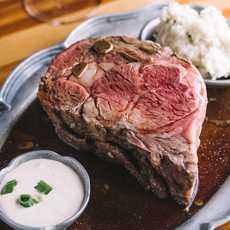 Ein Gericht des Old Range Steakhouse Restaurants in Tahoe Vista