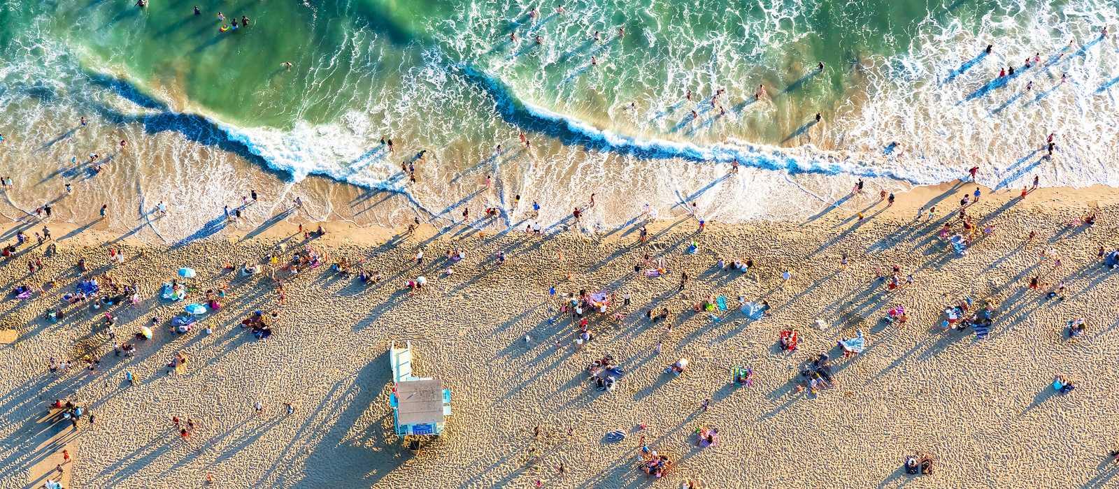 Blick auf den Strand von Santa Monica bei Los Angeles in Kalifornien