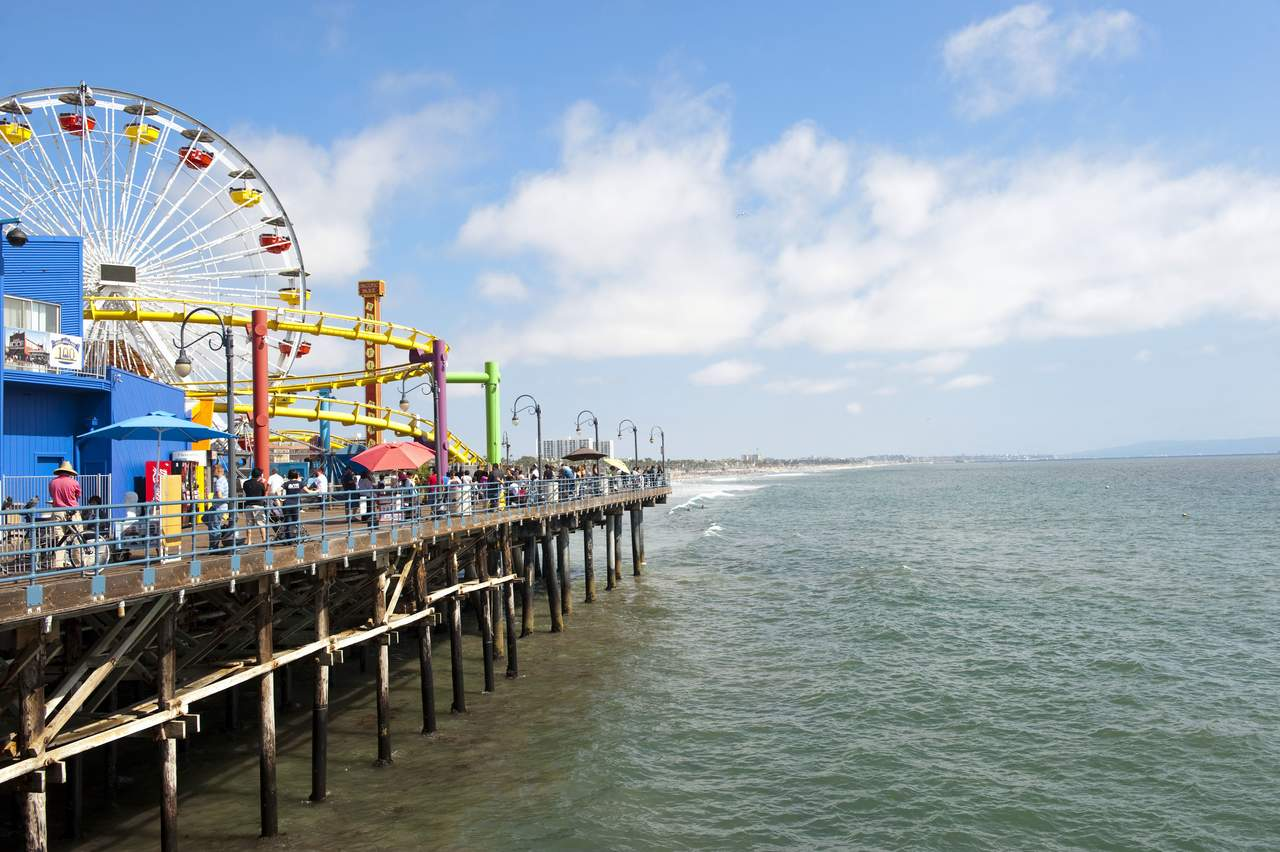 santa monica chat Live hd camera stream of santa monica municipal pier | hdontap - introduces live webcam hosting, streaming services, webcam hardware, webcam installation and live streaming solutions.