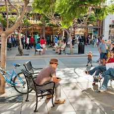 Shopping in Santa Monica