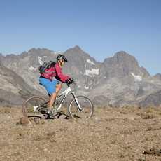 Mountain Biking am Minaret Vista, Kalifornien