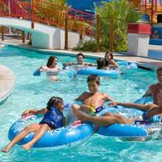 Spaß im Wet'n Wild Palm Springs