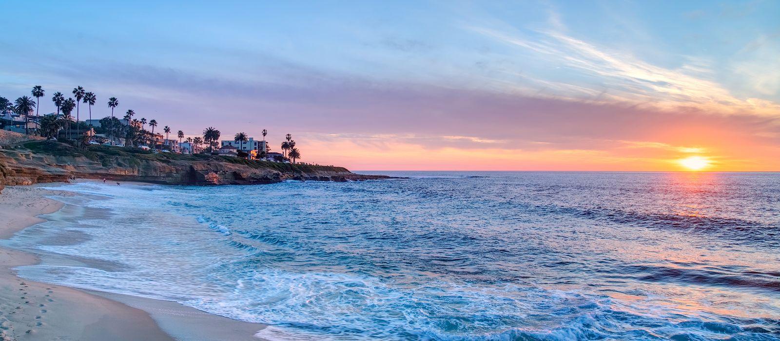 Sonnenuntergang am Strand von La Jolla, San Diego, Kalifornien