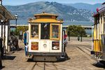 Cable Car an der Bucht von San Francisco