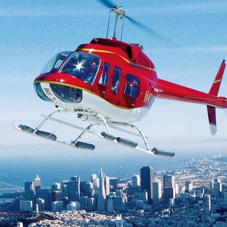 Atemberaubender Ausblick über San Francisco bei einem Rundflug mit dem Helicopter