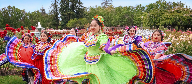 Mexikanischer Volkstanz in San José