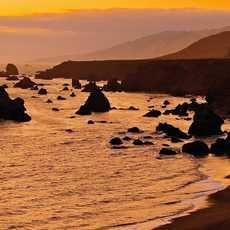 Sonoma County, Sonnenuntergang am Strand