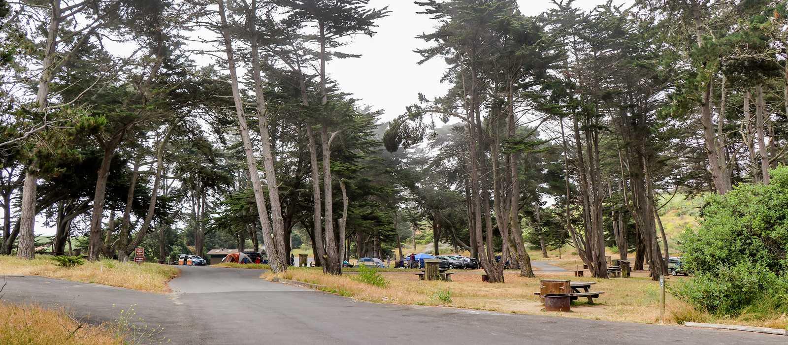 Ein Campingplatz nahe dem Sunset State Beach in Kalifornien