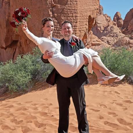 Hochzeitspaar im Valley of Fire