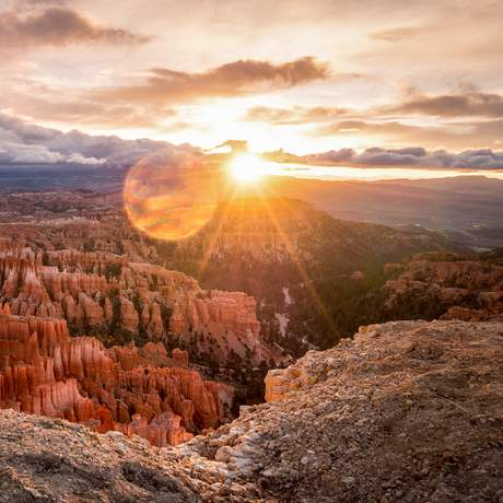 Sonnenaufgang über dem Bryce Canyon National Park in Utah