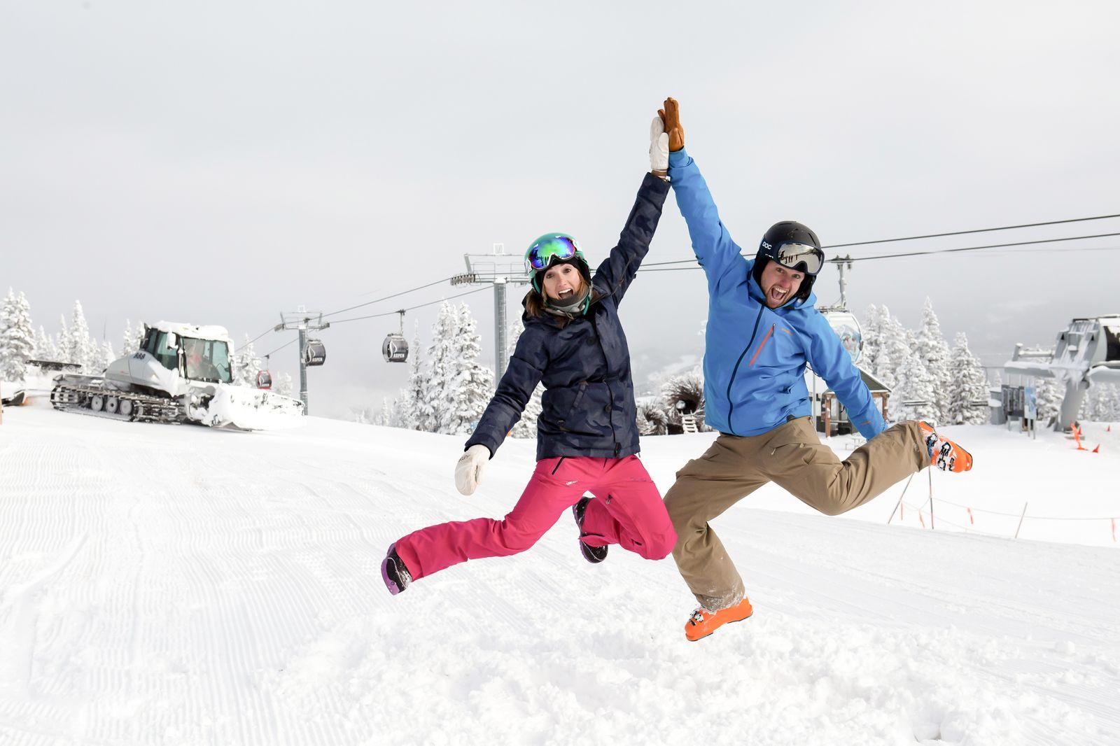 Highfive Paar in Aspen-Snowmass