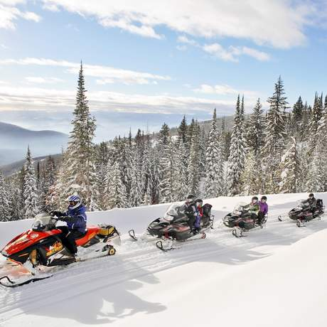 Snowmobiling bei Silver Star