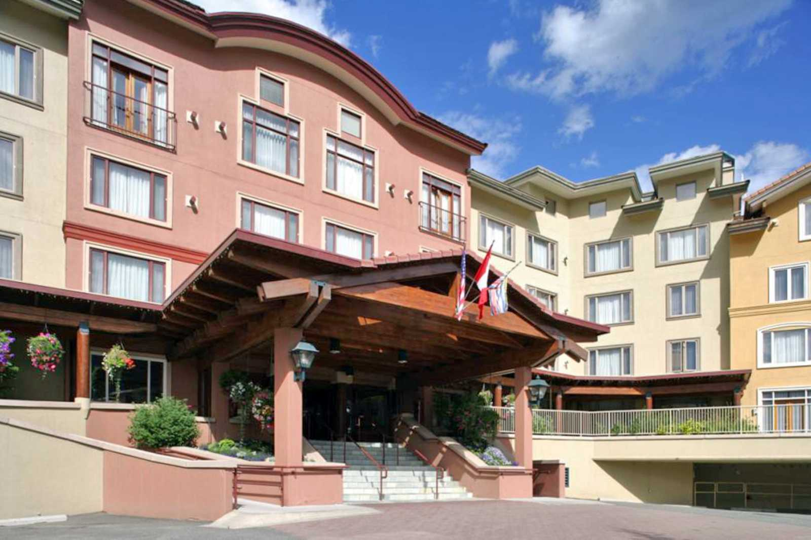 Nancy Greene's Cahilty Hotel & Suites