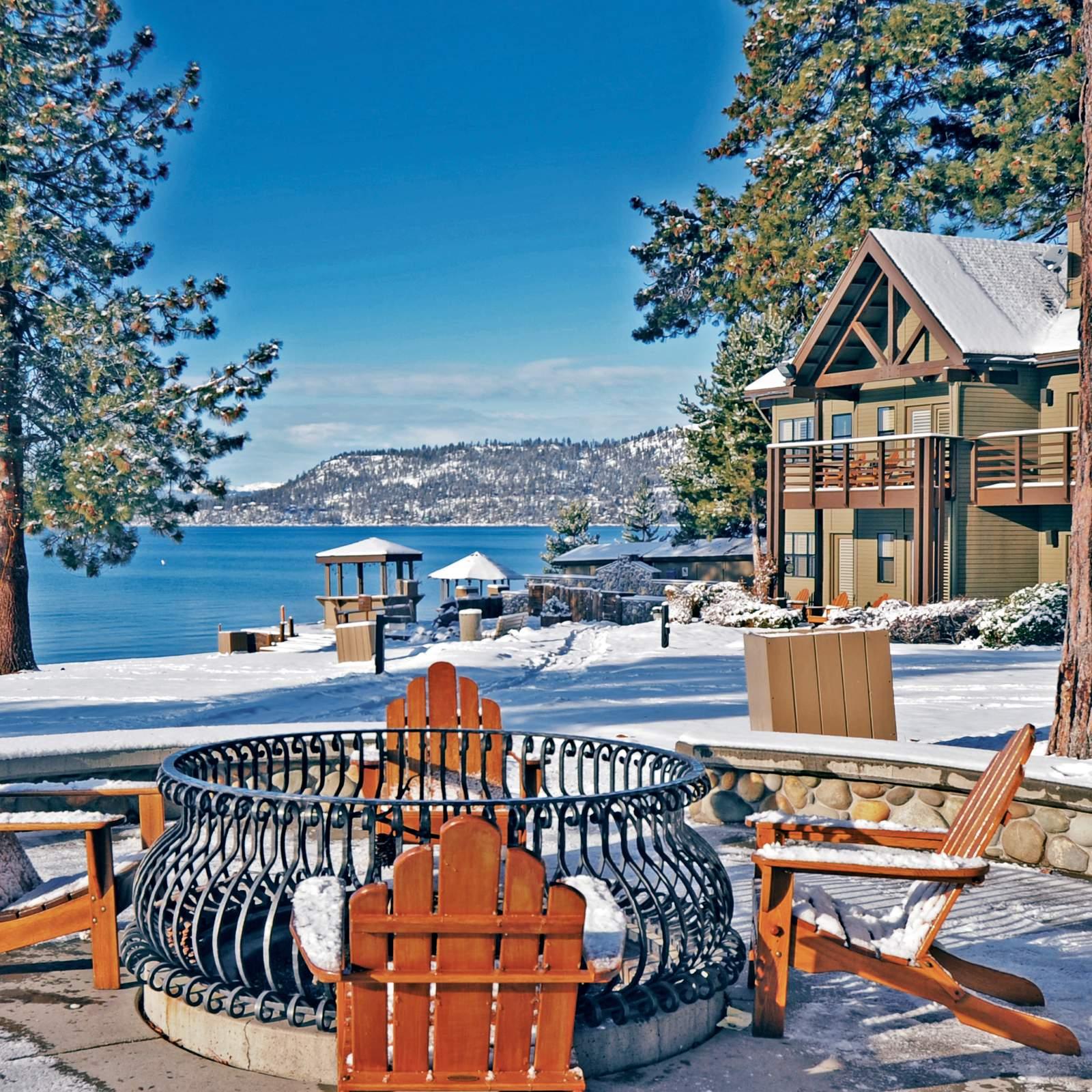 Hotel kalifornien hyatt regency lake tahoe resort spa for Hyatt lake cabins