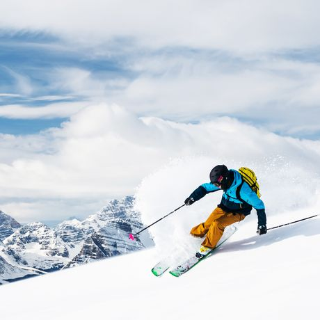 Downhill-Skifahren im Lake Louise Skigebiet