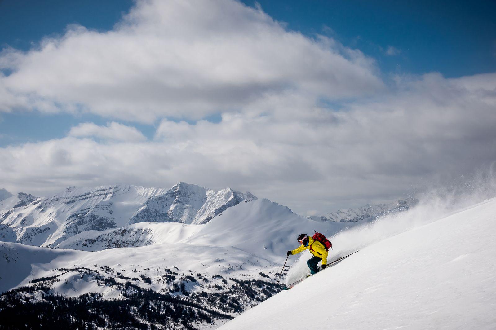 Downhill-Skiing im Sunshine Village Skigebiet
