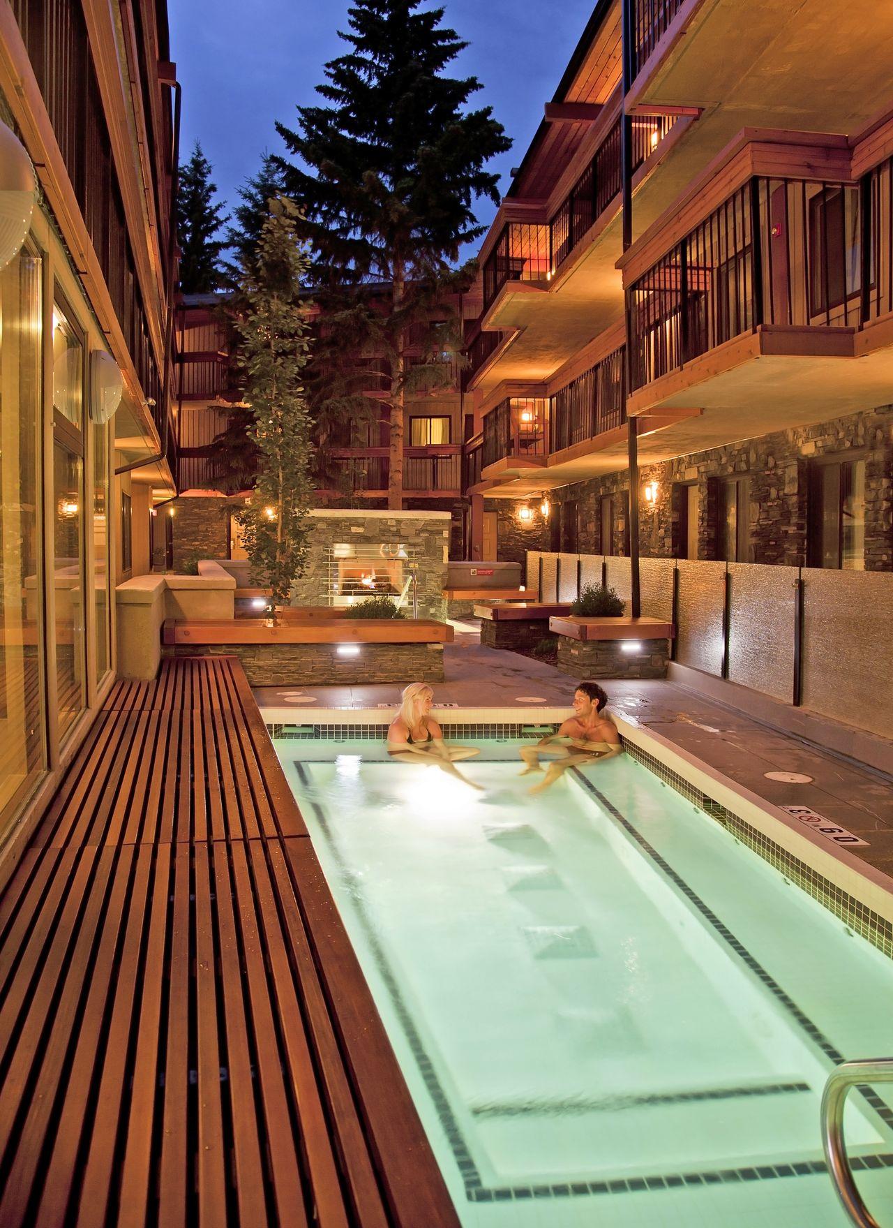 Hotel alberta banff aspen lodge canusa for Stylische hotels