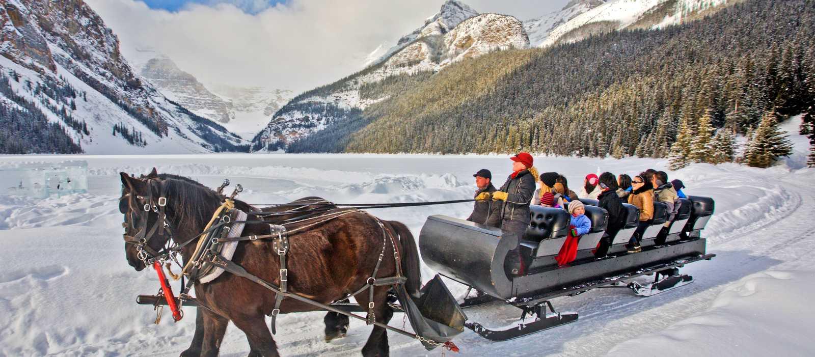 Pferdeschlittenfahrt am Lake Louise