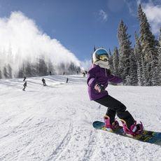 Snowboarderin im Keystone Resort