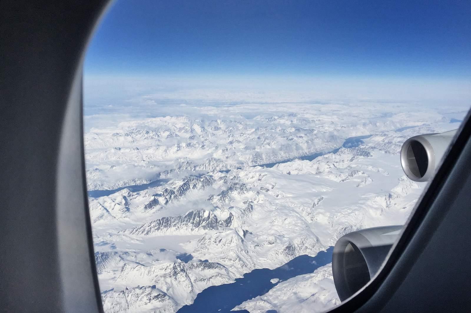 Blick aus dem Flugzeug auf die Berge des Telluride Ski Resort, Colorado