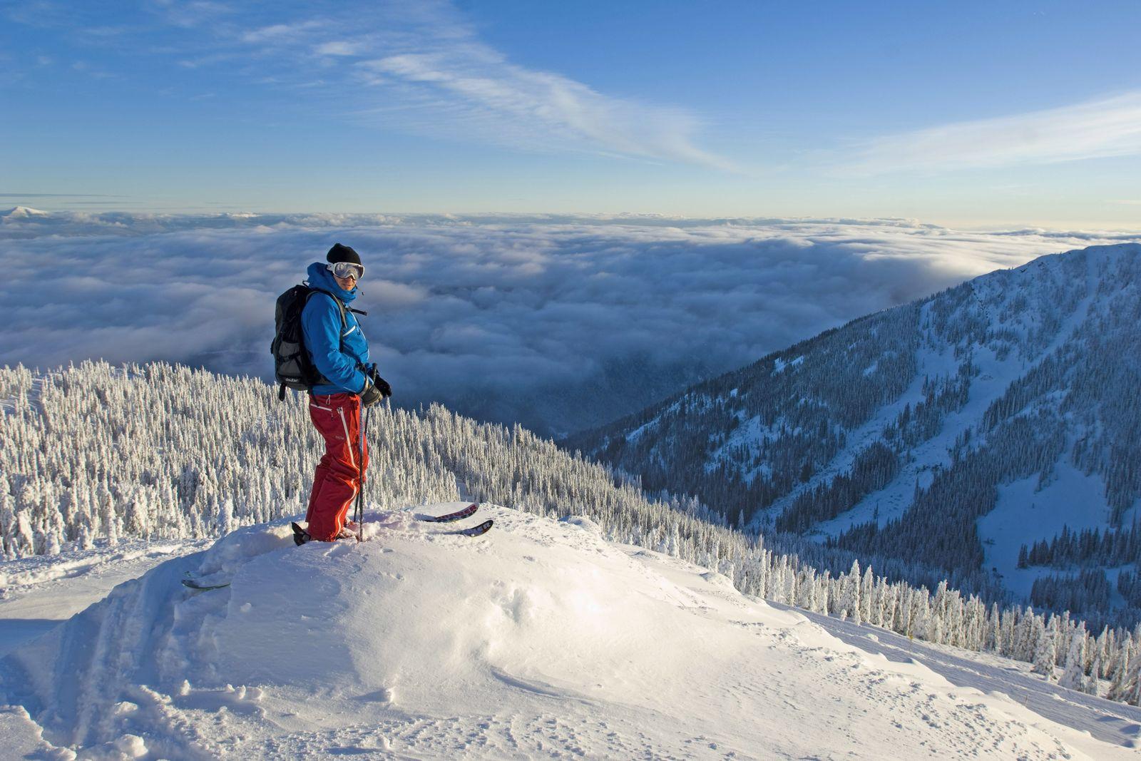 Skiing mit Ausblick auf dem Red Mountain, British Columbia