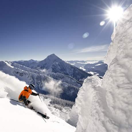 Skifahrer im Revelstoke Mountain Resort
