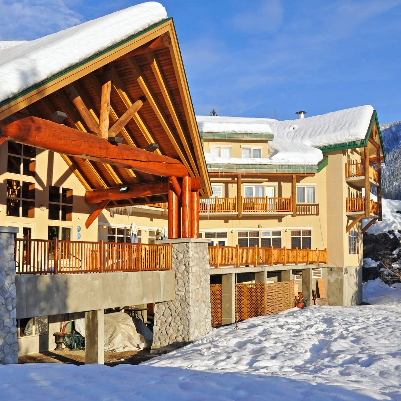 Coast Hillcrest Resort Hotel